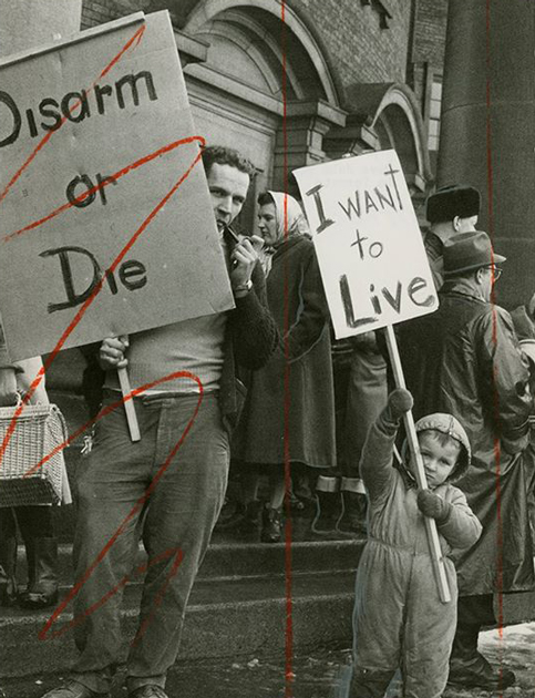 Unknown Photographer Dave John Bryant and son in Toronto for peace demonstration, 1961 Gift of The Globe and Mail Newspaper to the Canadian Photography Institute of the National Gallery of Canada